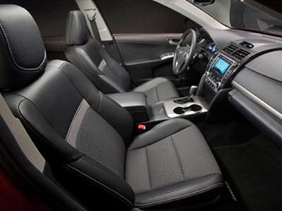 Интерьер новой Camry. Фото Toyota