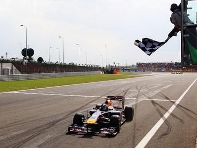 Себастьян Феттель на финише Гран При Турции. Фото Red Bull Racing
