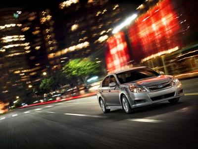 Subaru Legacy. Фото Subaru