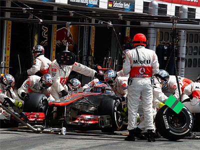 Пит-стоп Дженсона Баттона на Гран При Германии