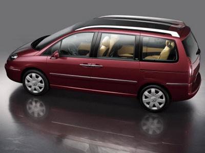 Peugeot начинает продажи нового минивэна — Peugeot 807