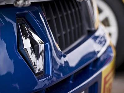На фоне общего падения французского рынка Renault остается лидером продаж