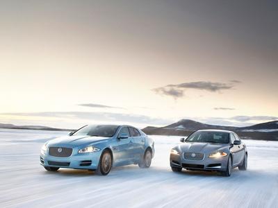 Jaguar XJ и XF получили полный привод