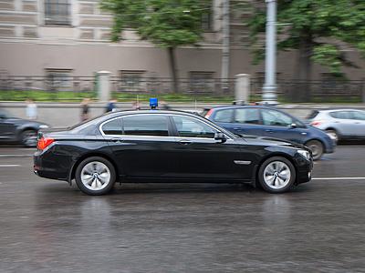 Автомобиль депутата Госдумы