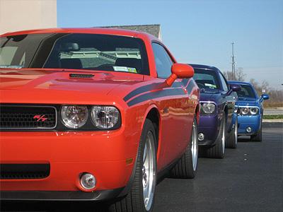 Dodge Challenger при прохождении таможенной границы