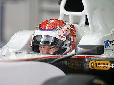 Камуи Кобаяси за рулем болида Sauber C31