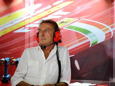 Президент Ferrari Лука диМонтедземоло в боксах команды