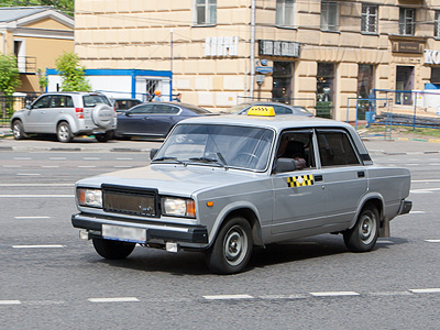 Таксист в центре Москвы