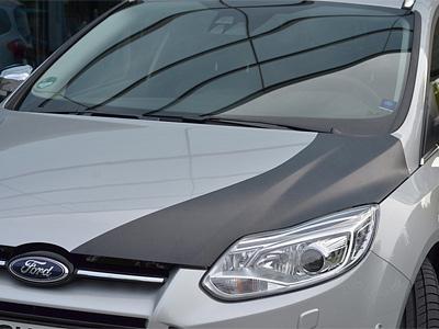 Опытный образец Ford Focus с карбоновым капотом