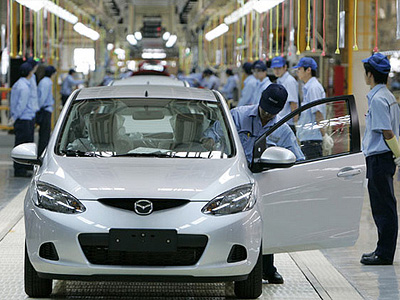 Конвейерная линия по сборке Mazda 2 в Китае