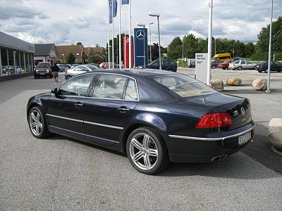 Текущее поколение Volkswagen Phaeton