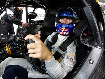Дэвид Култхард за рулем Mercedes AMG C-Coupе