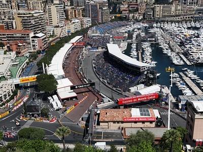Боксы команд на пит-лейне Гран При Монако
