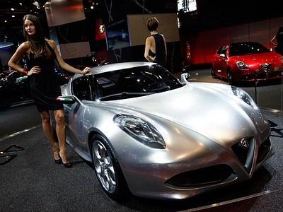 Спорткар Alfa Romeo 4C