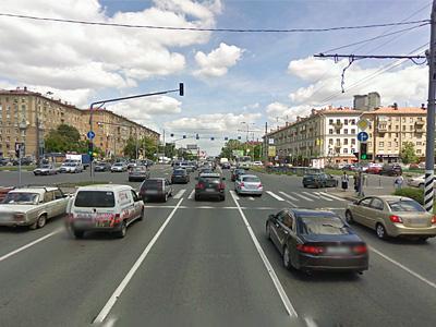 Ленинский проспект на пересечении с Университетским проспектом