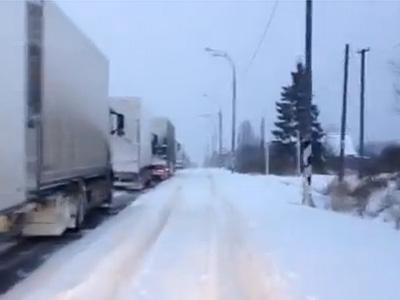 Затор на трассе М-10 «Россия»