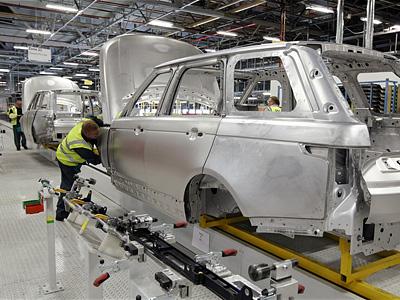 Сборочный конвейер нового Range Rover