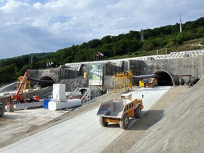 Строительство дороги к Красной Поляне в Сочи