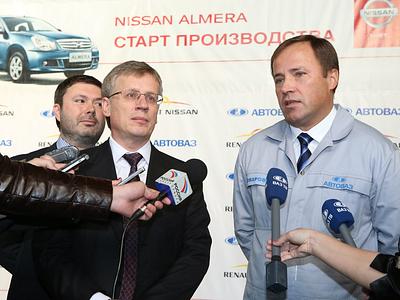 Президент «АвтоВАЗа» Игорь Комаров дает комментарии прессе