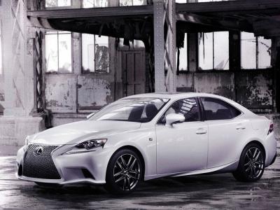 Седан Lexus IS нового поколения