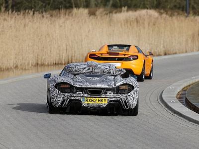 Предсерийный McLaren P1
