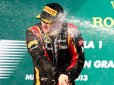 Кими Райкконен празднует победу на Гран При Австралии