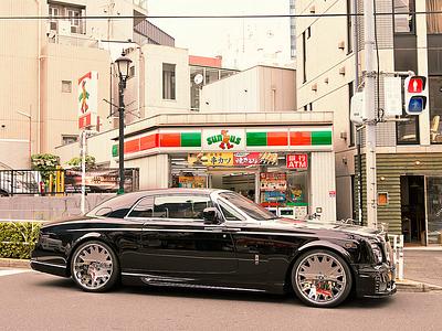 Rolls-Royce Phantom Coupe в Токио