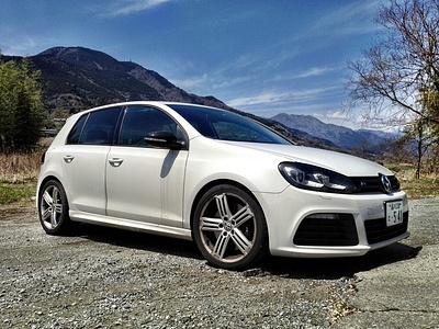 Предыдущее поколение VW Golf R