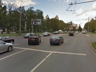 Пересечение улицы Народного ополчения и улицы Берзарина