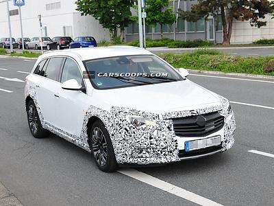 Opel Insignia Cross Four
