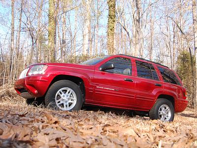 Jeep Grand Cherokee 2004 года выпуска