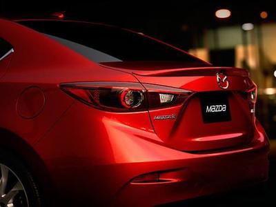 Корма новой Mazda 3