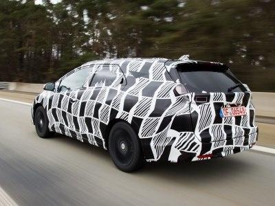 Закамуфлированный серийный универсал Honda Civic Tourer