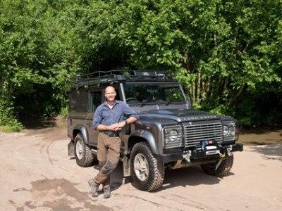 Land Rover Defender Dive Centre