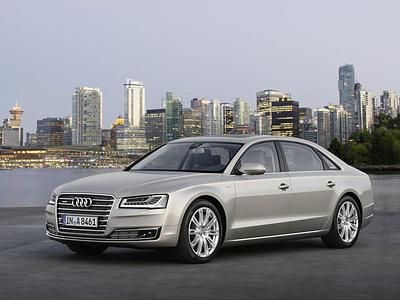 Обновленный Audi A8