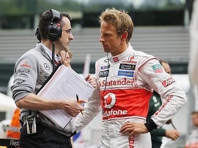 Дженсон Баттон в паддоке Гран-при Бельгии