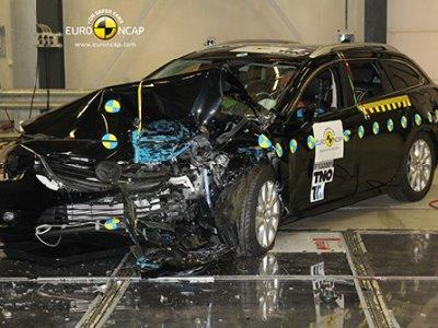 Краш-тест Mazda 6