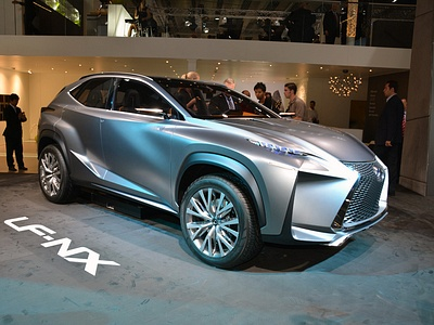 Концепт-кар Lexus LF-NX