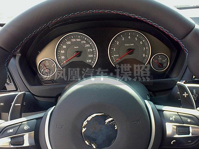 Интерьер новой BMW M3
