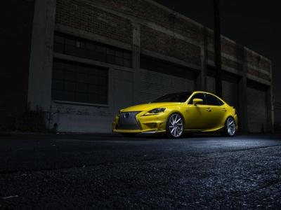 Lexus IS 350 by Vossen