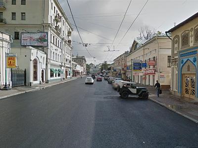 Улица Покровка в Москве перед поворотом к школе 661