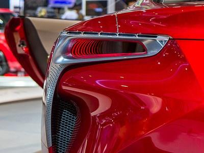 Фрагмент экстерьера концепт-кара Lexus LF-LC