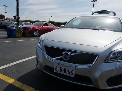 Прокатный Volvo C30 в Калифорнии