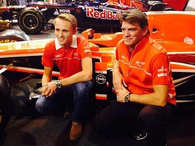 Mакс Чилтон с президентом и спортивным директором Marussia Грэмом Лоудоном