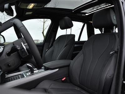 Интерьер BMW X5