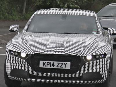 Тестовый прототип большого седана Aston Martin