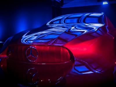 Представлена скульптура будущей модели «Mercedes»