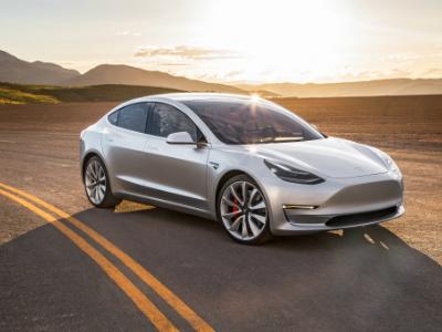 Tesla Model 3 неполучит батарею на100 киловатт-часов