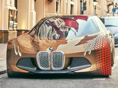 BMW представит в 2021 году конкурента Tesla