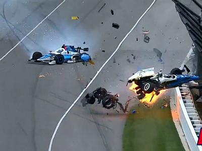 Пугающая авария Скотта Диксона на«Инди-500»